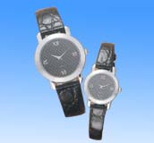 Beauty suppliers online collectible black leather band fashion watch set in black round face design. Mystic and cool, 2004 hot fashion trend!