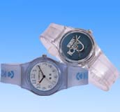 Teen 2004 fashion trend body decor online catalog wholesale fashion wrist watch in assorted color and design. Perfect for gift giving!